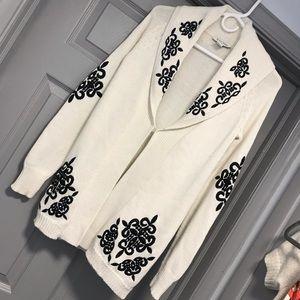 White House Black Market Sweater Sz Small